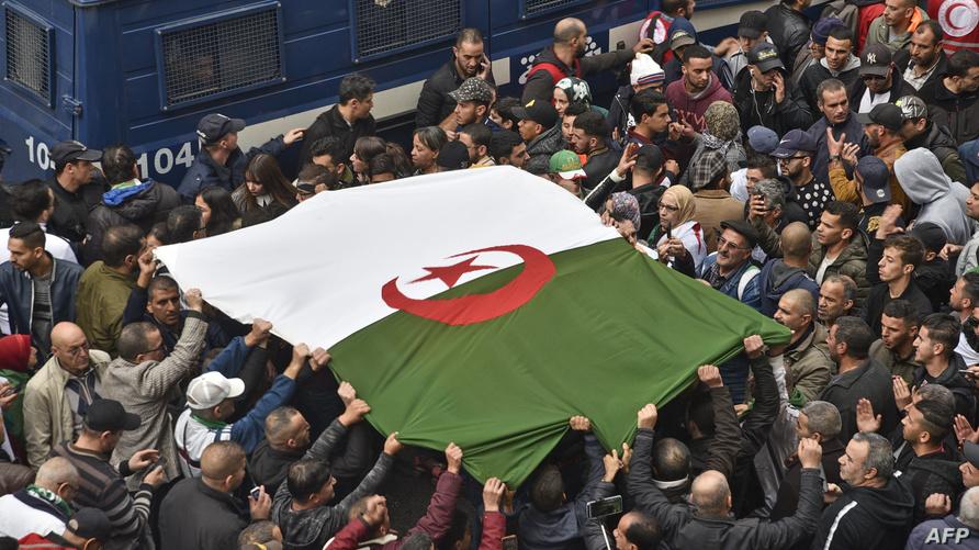 الحراك الشعبي يتواصل بالجزائر