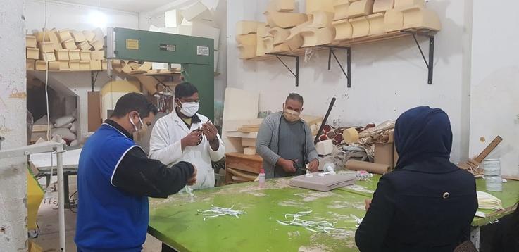 مصنع تونسي تونسي لصناعة تحول لورشة لإنتاج الكمامات الطبية