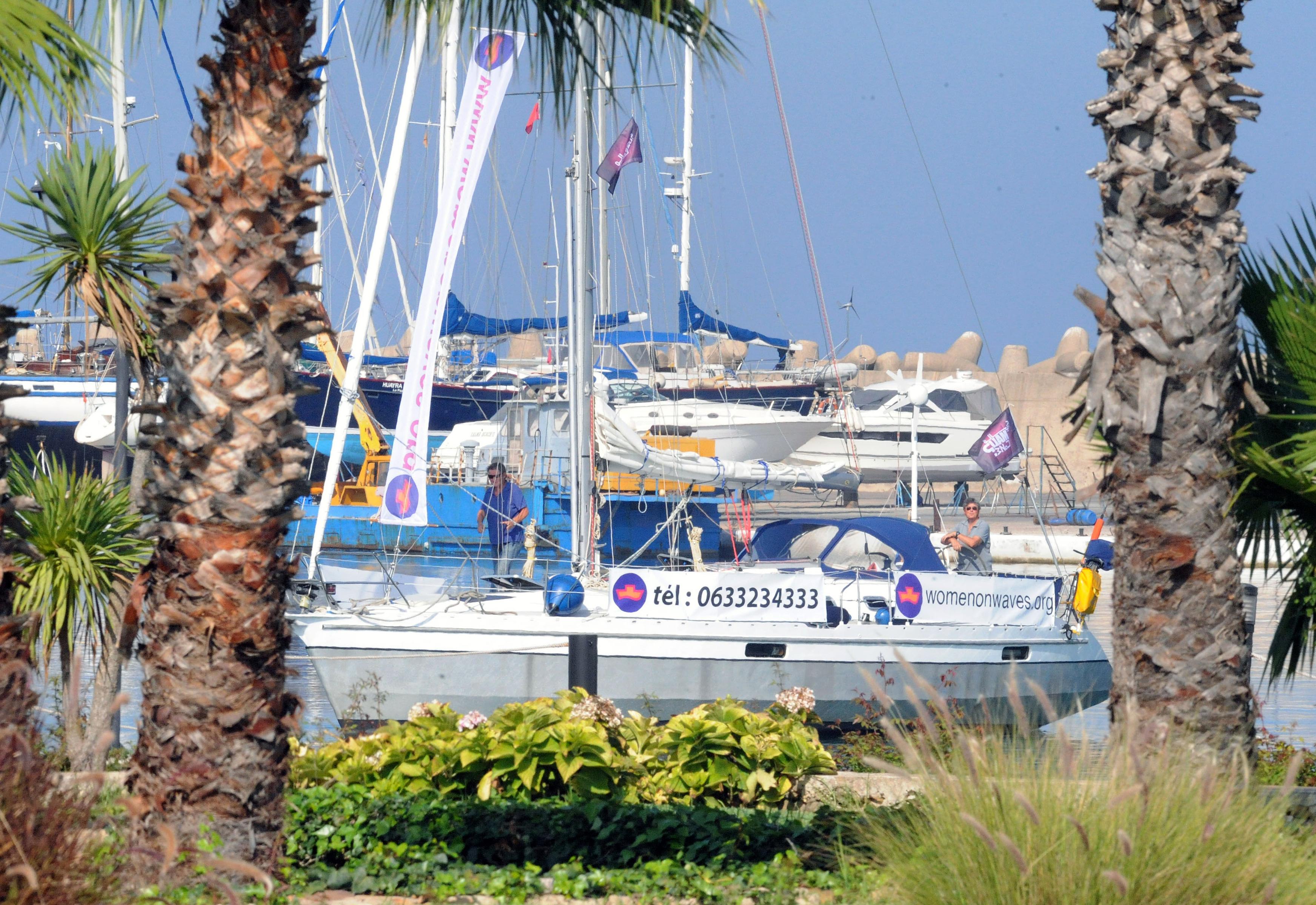 السفينة الهولندية في ميناء مارينا سمير المغربي خلال زيارتها للمملكة
