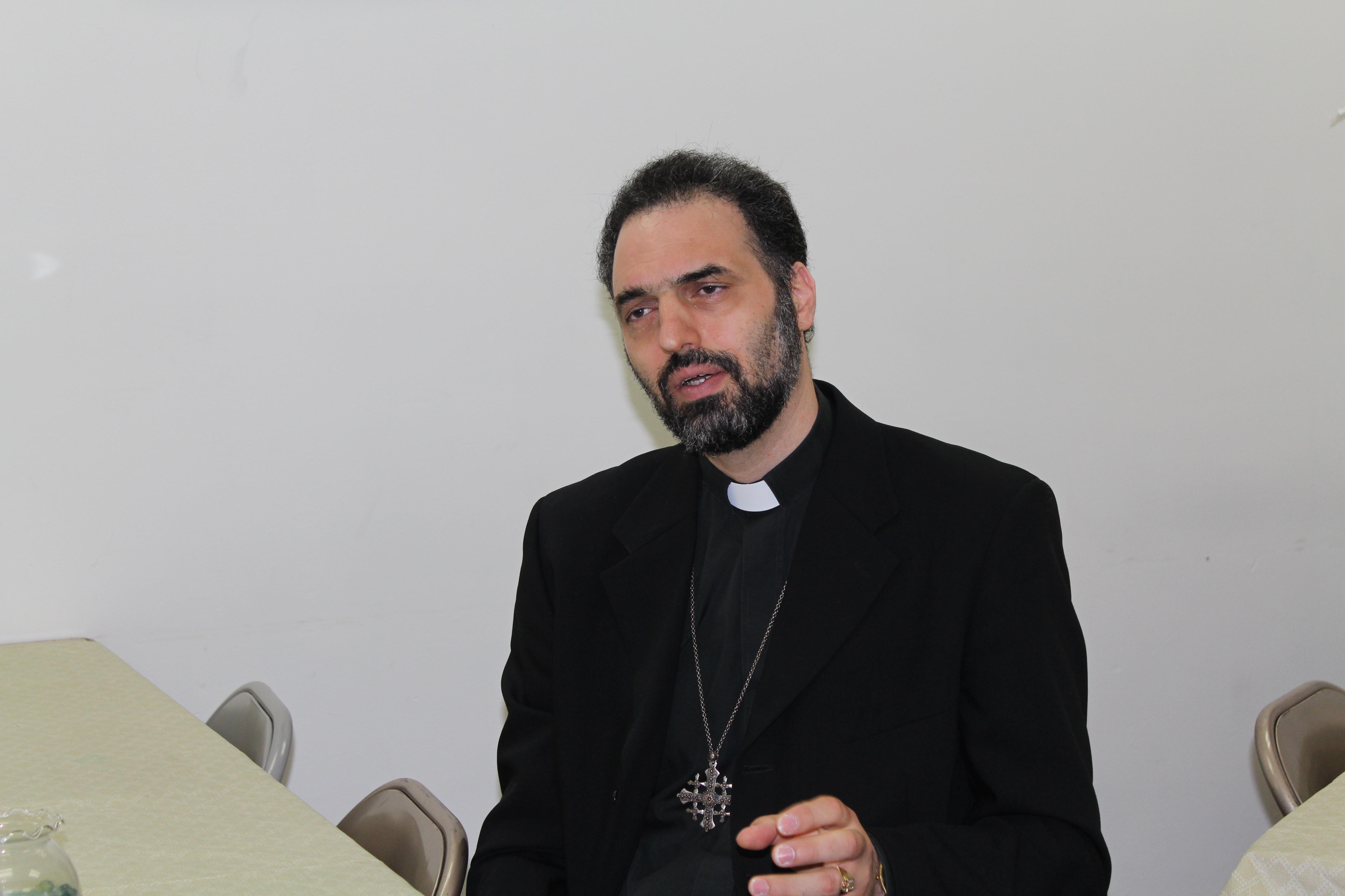 الأب راني عبد المسيح، كاهن كنيسة والدة المخلص