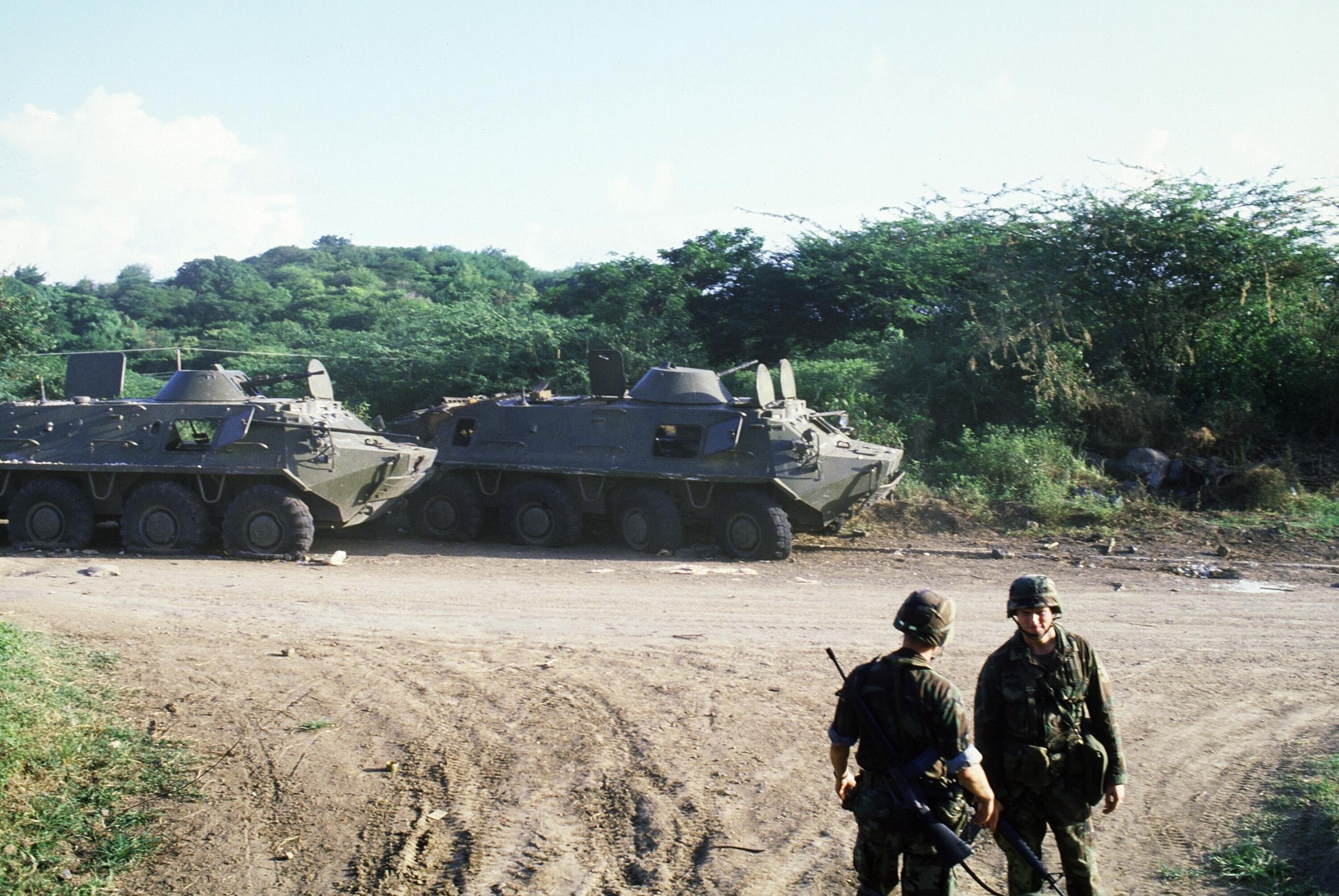 قوات أميركية في جزيرة غرينادا 1983