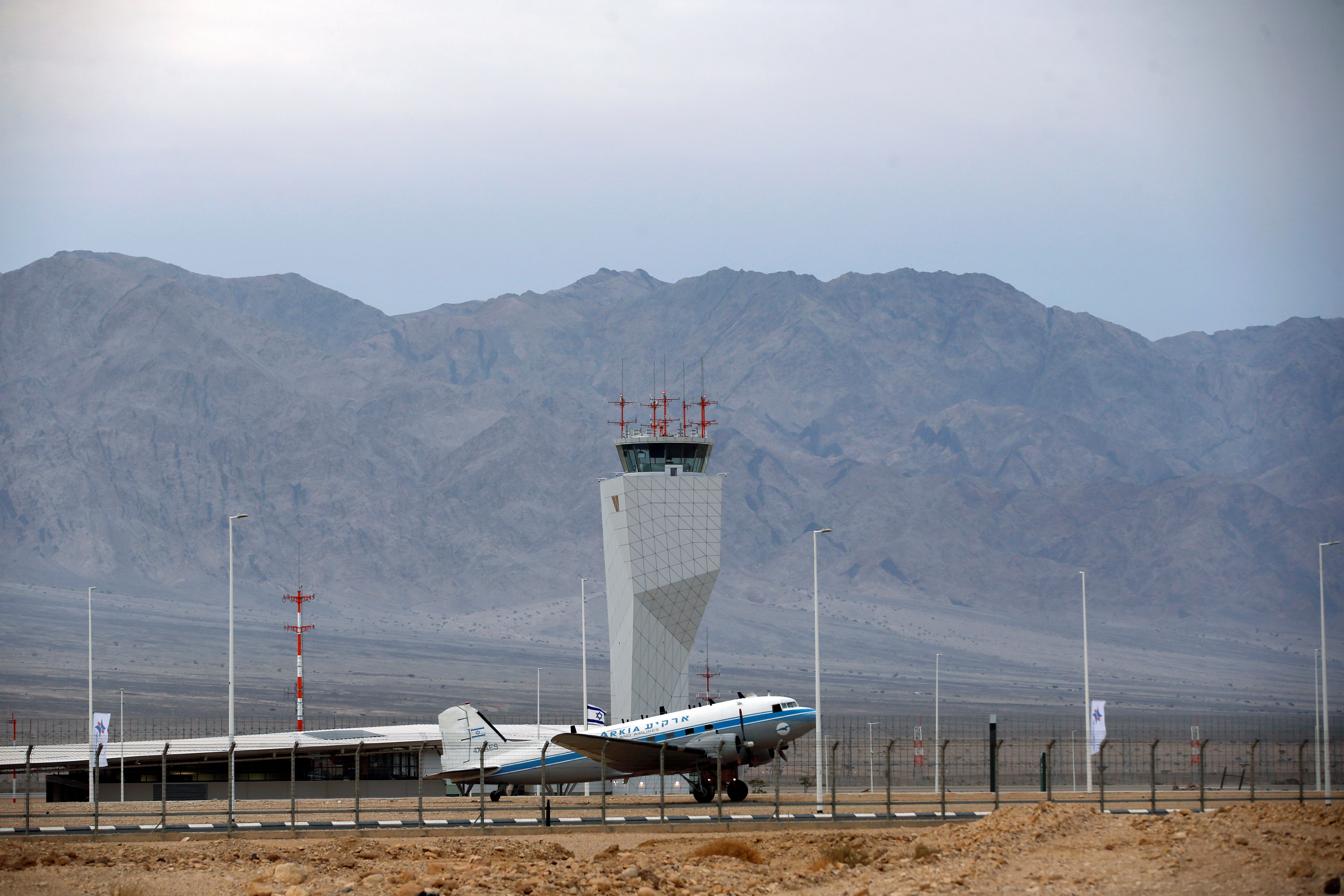 برج مراقبة تابع لمطار رامون