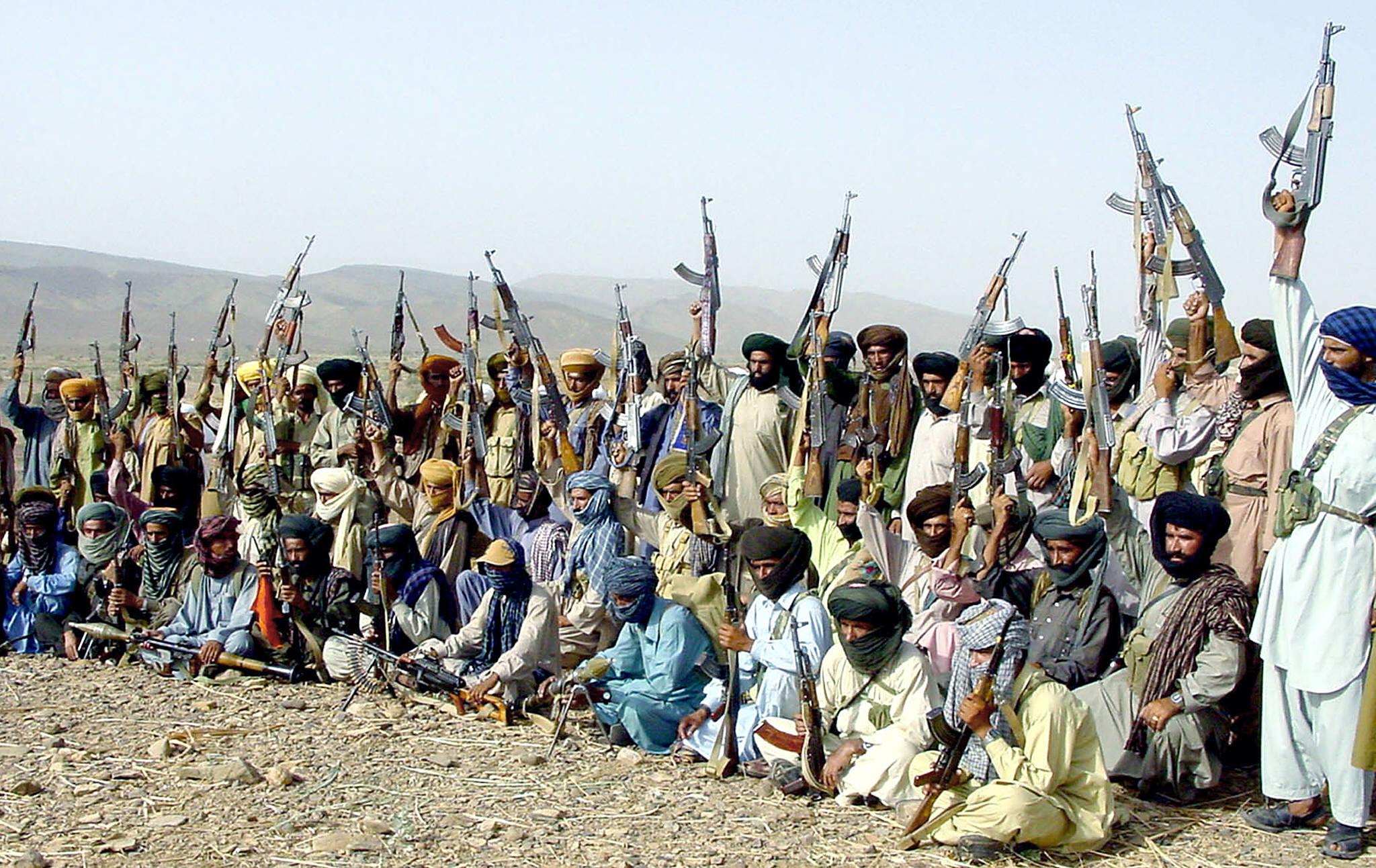 أعضاء قبيلة مري البلوشية والذين تتهمهم باكستان بتنفيذ هجمات ضد قواتها الأمنية - تموز/يوليو 2004