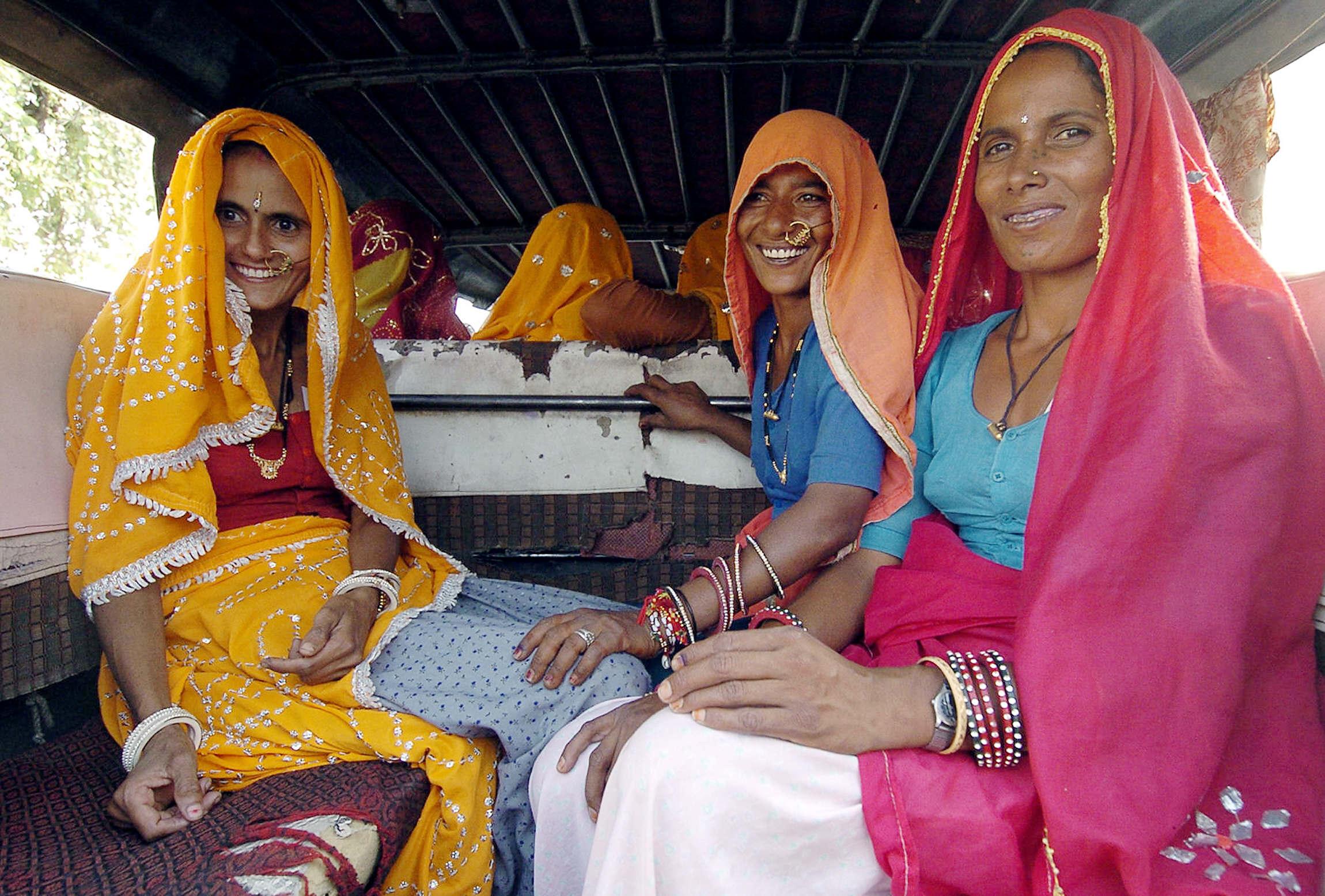 الهند: نساء في طريقهن لمراكز الاقتراع في انتخابات سابقة