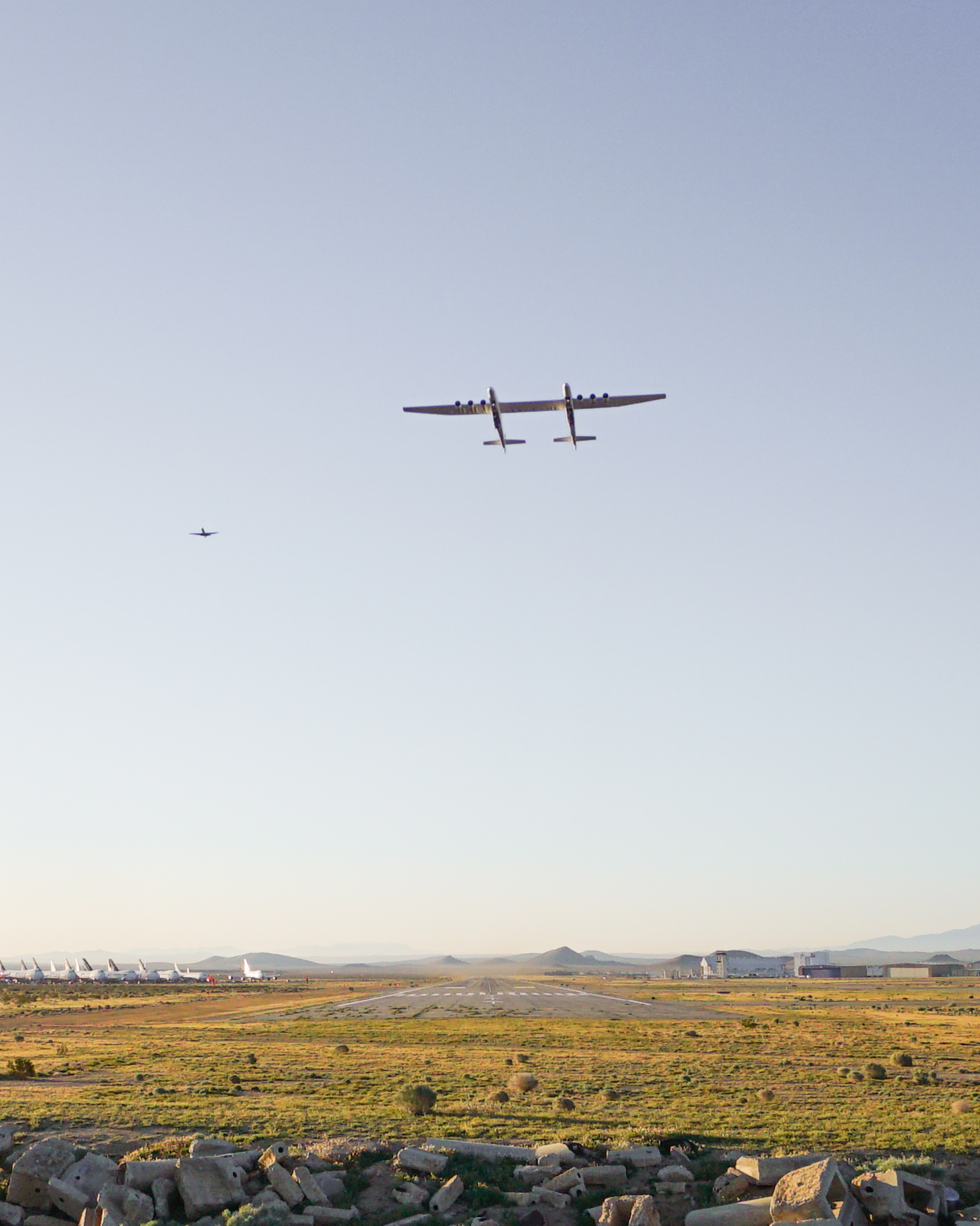 تستطيع الطائرة التحليق على ارتفاع 35 ألف قدم