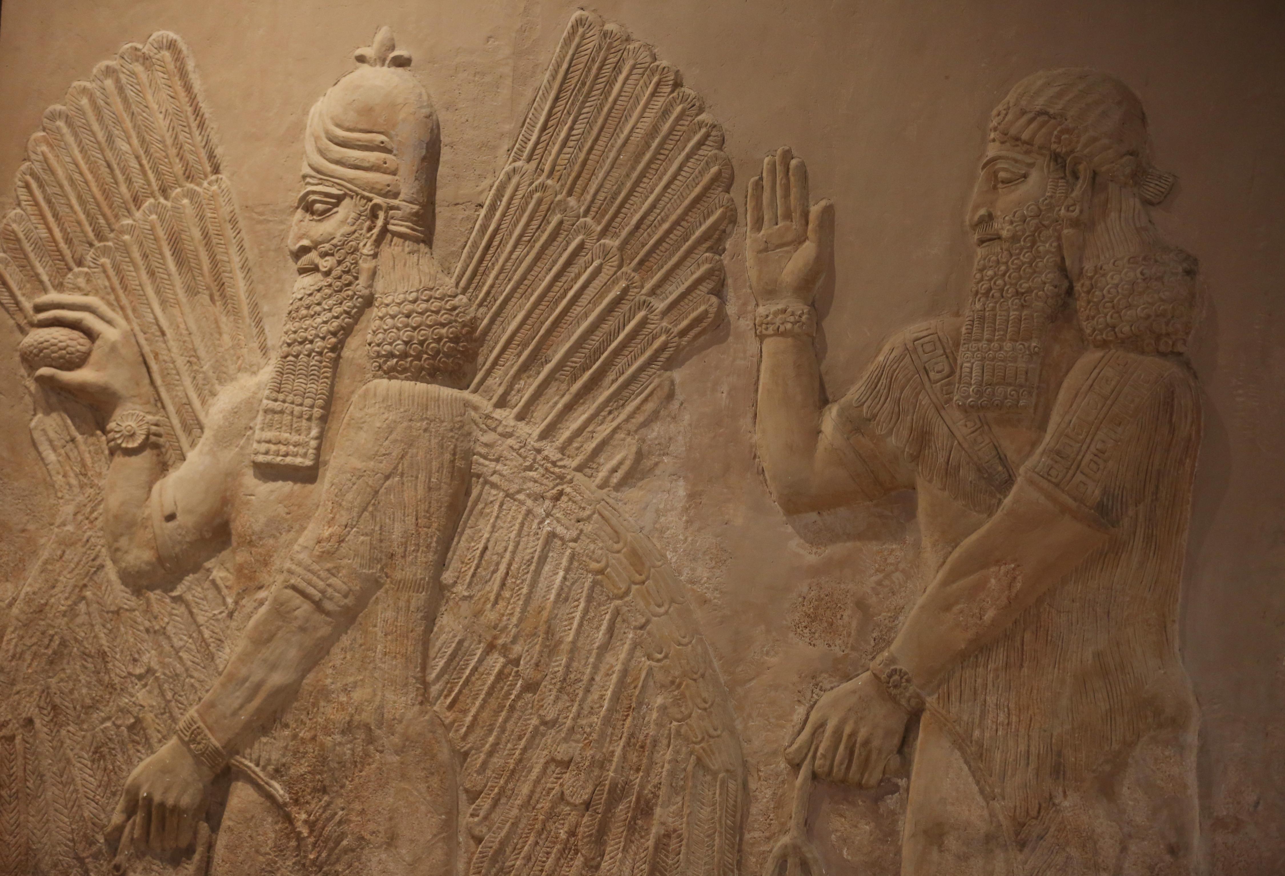 قطعة آشورية من متحف الموصل معروضة في متحف بغداد