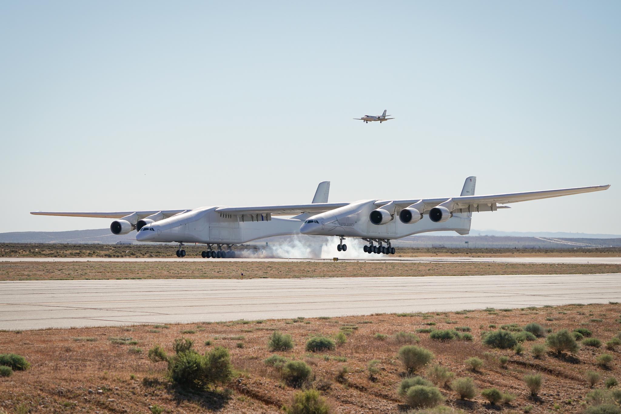 حلقت الطائرة لمدة ساعتين ووصلت سرعتها القصوى إلى 175 ميلا بالساعة
