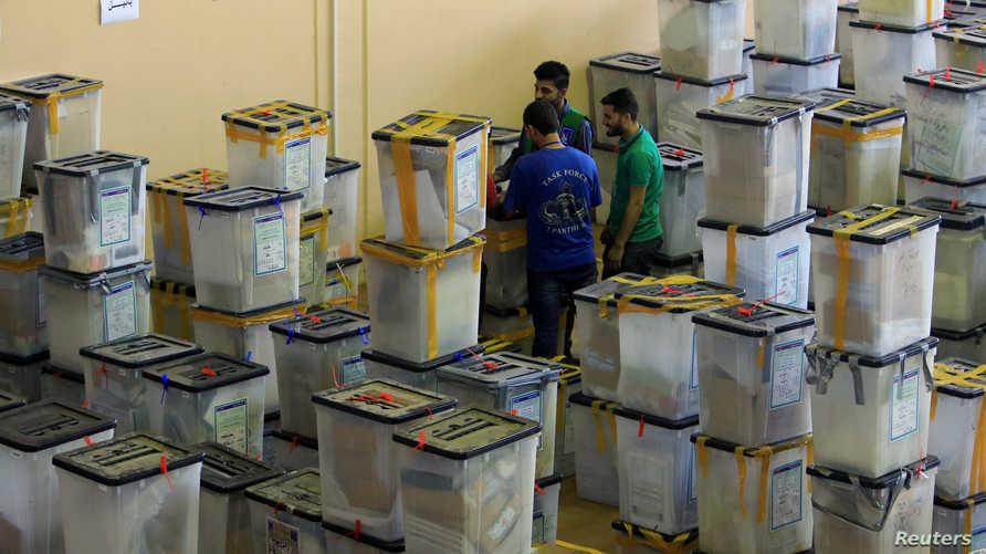 صناديق اقتراع في مخزن بدهوك- أرشيف