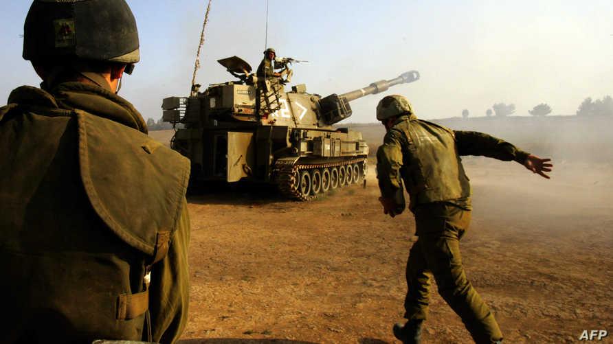 جنود إسرائيليون قرب الحدود مع غزة