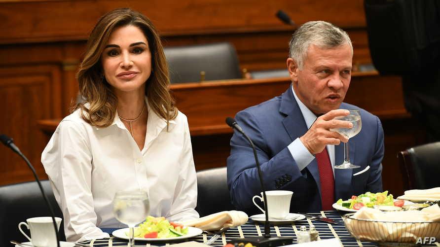 الملك الأردني وزوجته في غداء خلال زيارة الملك إلى الولايات المتحدة