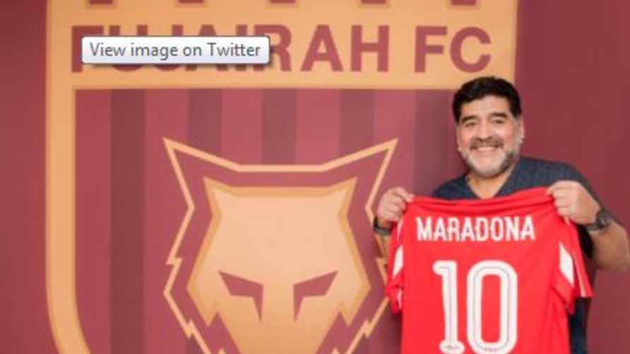 مارادونا مع ناديه الجديد