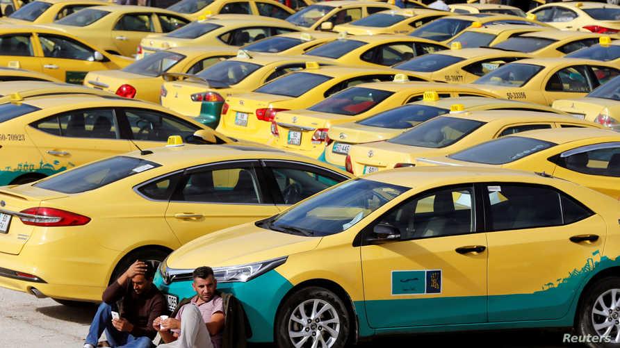 لماذا اعتقلت السلطات سائقا أردنيا أعاد مبلغا ماليا ضخما؟