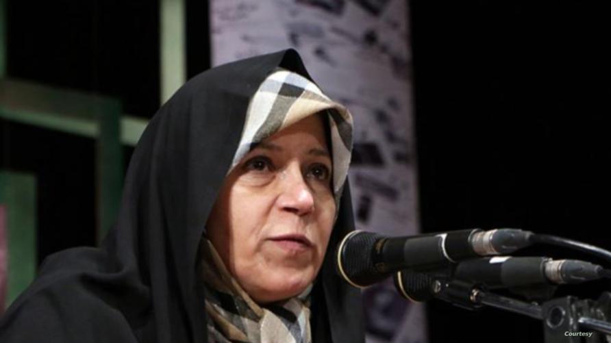 الناشطة الإيرانية فائزة رفسنجاني