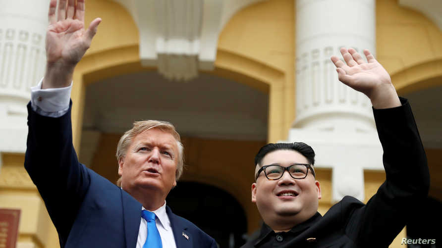 شبيها ترامب وكيم في هانوي