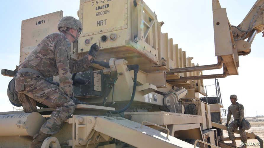 تدريب على منظومة صواريخ باتريوت الأميركية في قاعدة الظفرة الإماراتية
