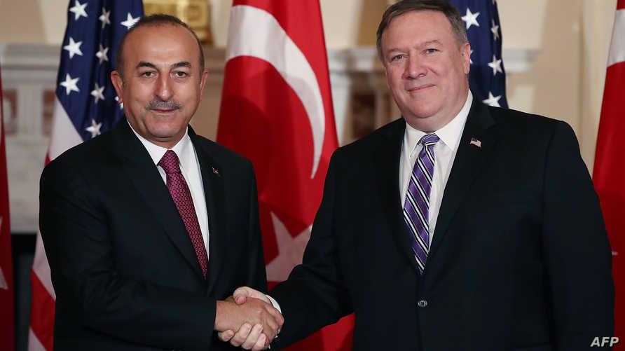 وزير الخارجية الأميركي مايك بومبيو ونظيره التركي مولود تشاوش أوغلو- أرشيف