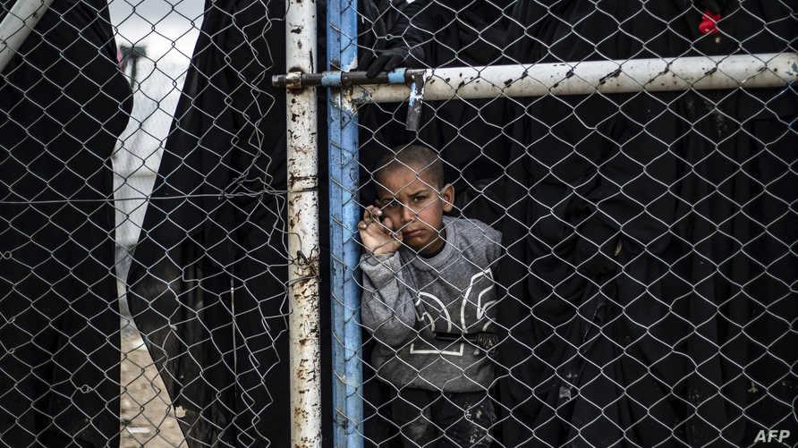 طفل في مخيم يضم الذين كانوا على ارتباط مع داعش في الحسكة بسوريا. أرشيفية