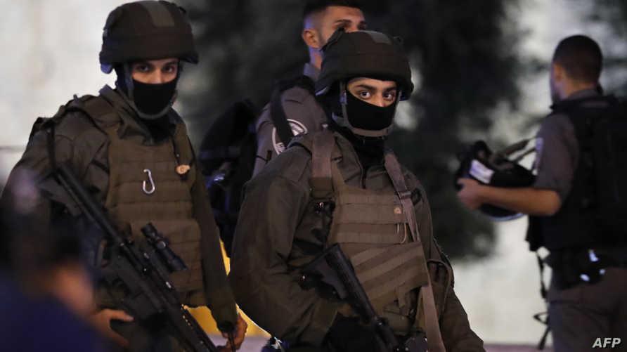 عناصر في حرس الحدود الإسرائيلي في منطقة باب العامود