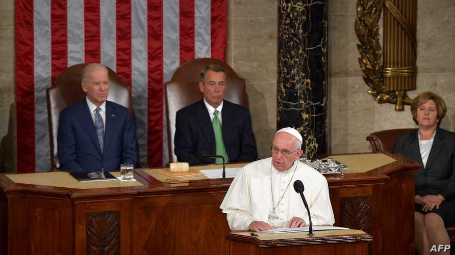 البابا خلال إلقاء خطابه في الكونغرس