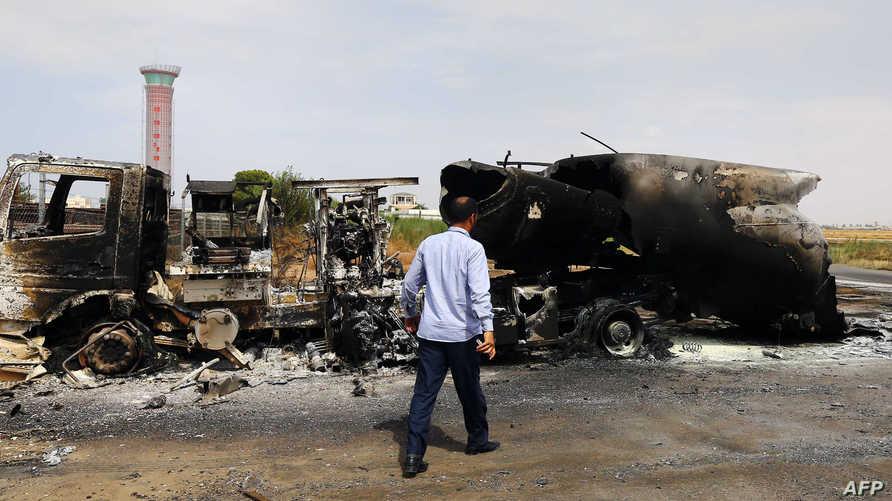 أثار الدمار داخل مطار طرابلس الدولي