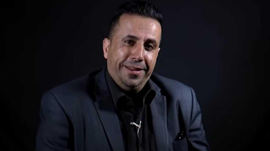 عبد الفتاح العيسة في أحد فيديوهاته على على يوتيوب