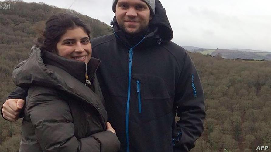 ماثيو هيدغيز وزوجته دانيلا تيجادا
