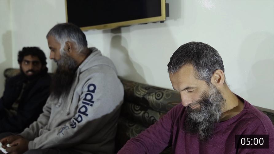 داعشيون أجانب في سجون قسد