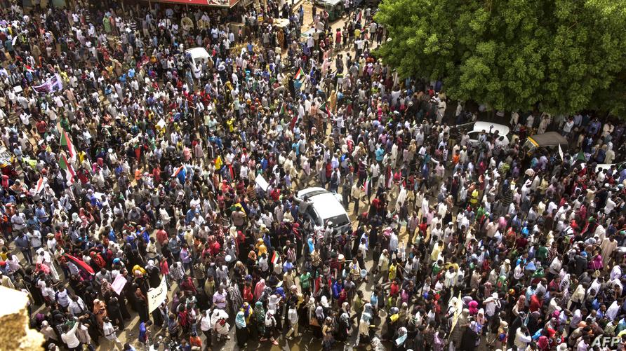 جانب من الاحتجاجات في الخرطوم في 30 يونيو