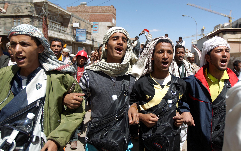 تظاهرات خرجت ضد حكم صالح في 2011