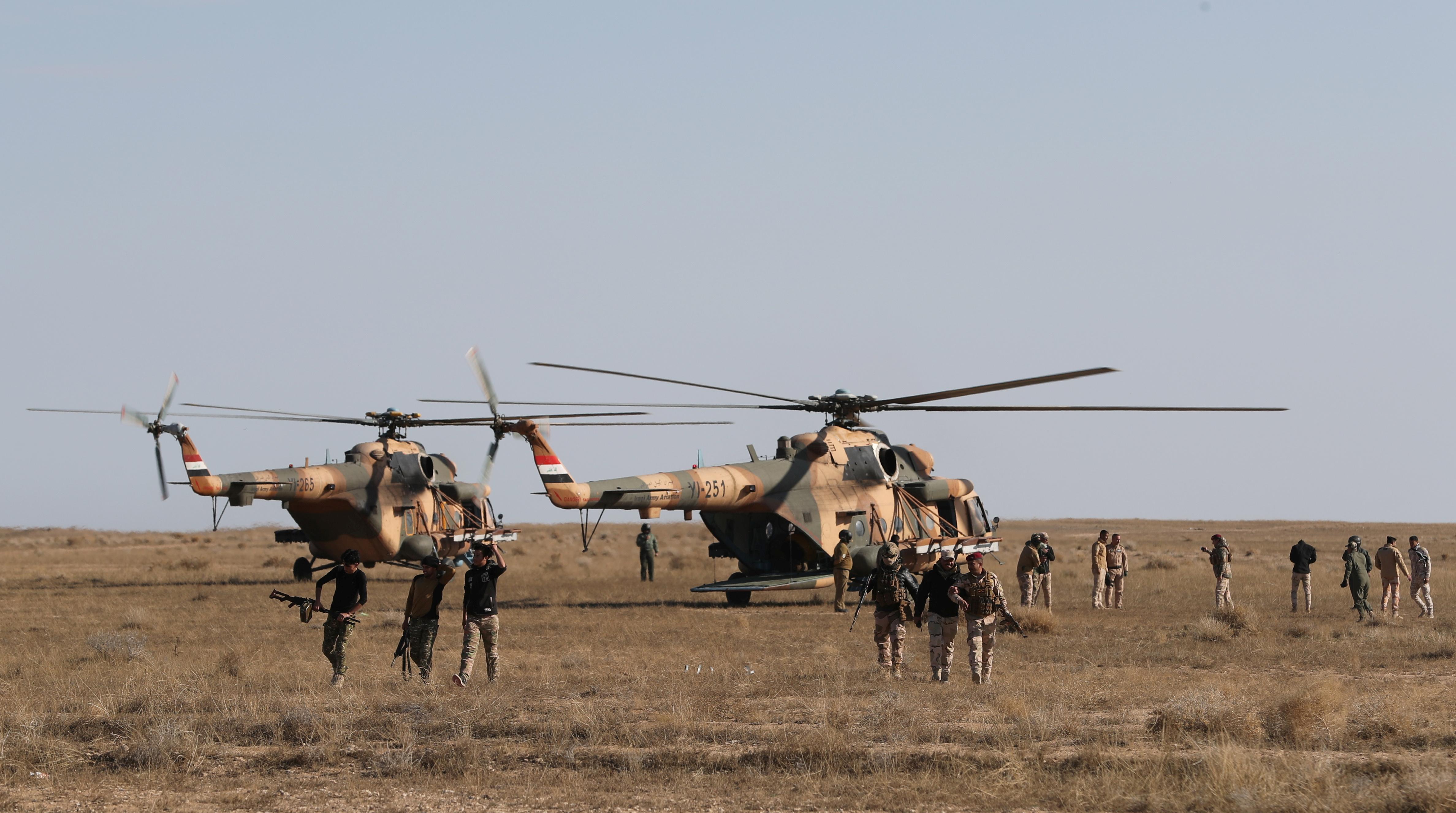 قوات الأمن العراقية خلال العمليات العسكرية للبحث عن عناصر داعش في محافظة الأنبار