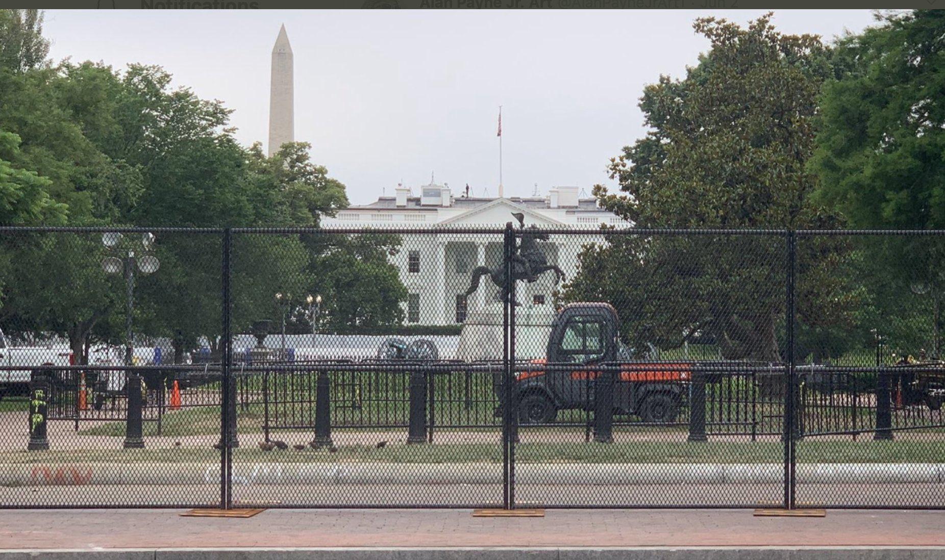 السياج الحديدي حول البيت الأبيض/ تويتر