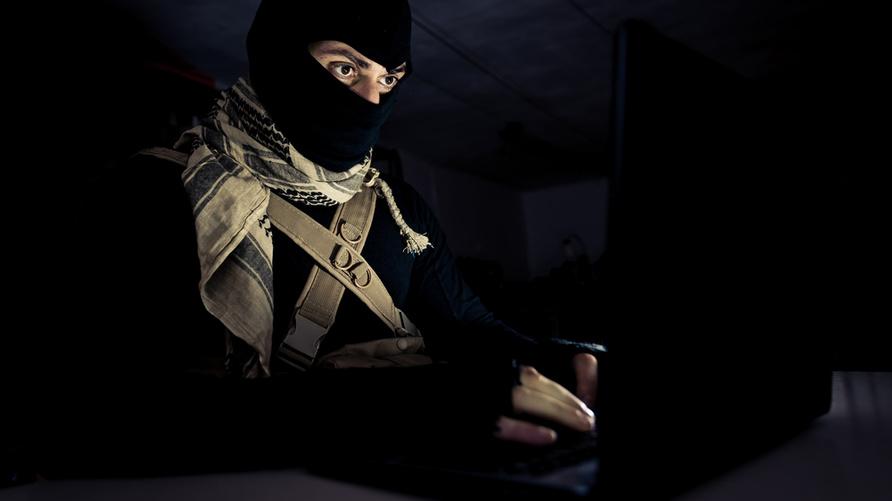 ساهم المواطنون في إلقاء القبض على 300 من مقاتلي داعش/Shutterstock