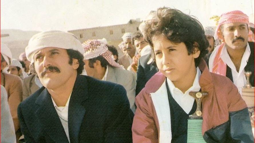 علي عبد الله صالح ونجله أحمد عام 1984