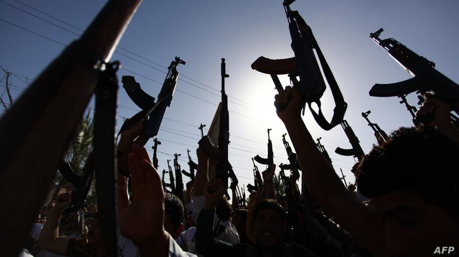 تسبب وقوف مقاتلين من بعض العشائر مع داعش في نزاعات حادة مع العشائر الأخرى/إرفع صوتك