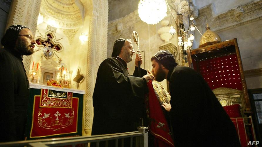 ينقسم السريان إلى أرثوذوكس وكاثوليك
