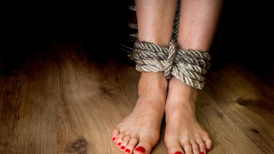 يمثل متهم بضحايا العنف الجنسي لأول مرة أمام المحكمة الجنائي الدولية/Shutterstock