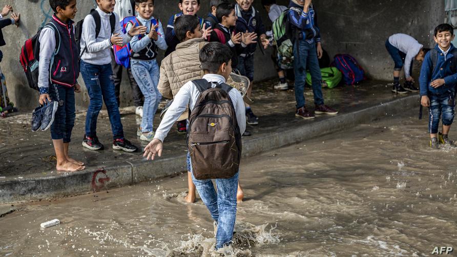 طلاب مدرسة في البصرة، ديسمبر 2017/ ا ف ب