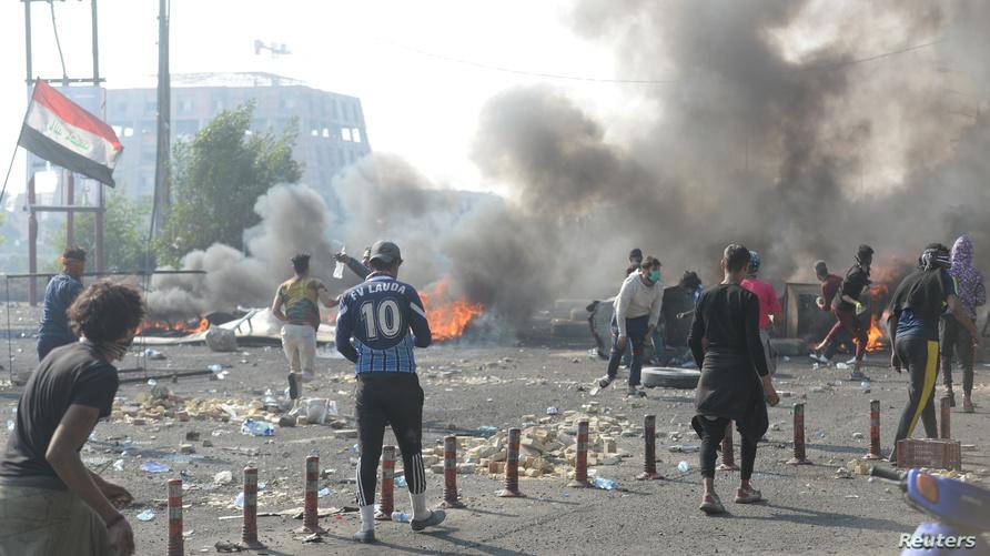 قتل أكثر من 22 شخصا وأصيب 180 آخرون ليل الأربعاء وصباح الخميس برصاص قوات الأمن العراقية في الناصرية