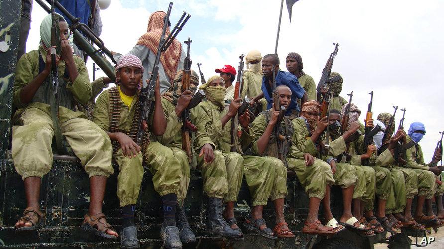 مقاتلون من حركة الشباب الصومالية سنة 2009